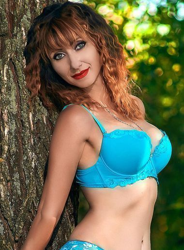single women photos Oksana