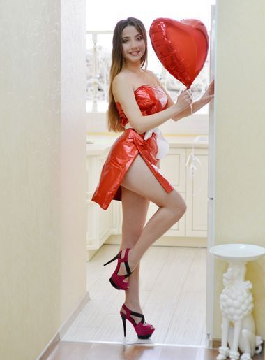 date russian women SexyLana