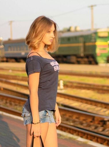 dating russian men Krystina