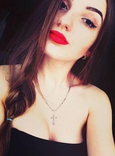 russian women for marriage Red Lips